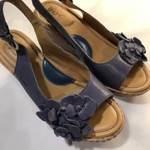 b.o.c. NWOT Wedge sandals blue leather 6M